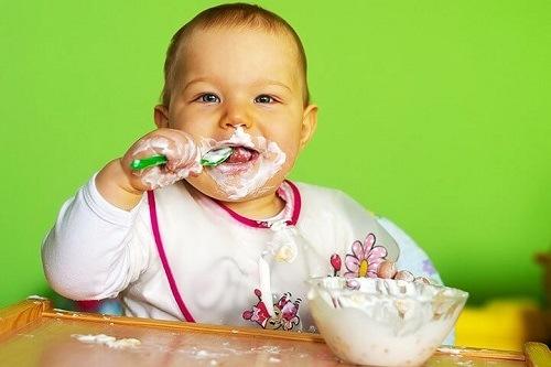 sữa chua susu cho trẻ mấy tháng