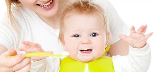 Lưu ý khi cho trẻ ăn Váng sữa Burine