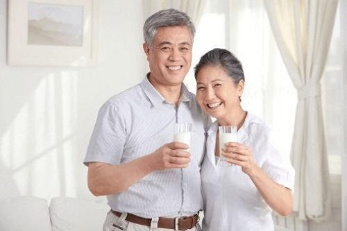 sữa ensure úc cho người già