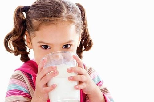 Sữa Pregestimil có khó uống không