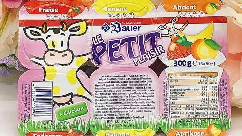 sữa chua trái cây petit